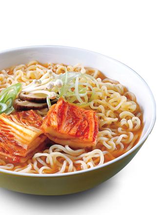 Fideos Ramen Frescos Coreanos de Kimchi Salteado | 2 Raciones
