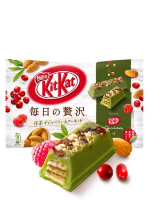 Mini Kit Kats de Té Verde Matcha, Frambuesa, Arandanos Rojos y Almendras | 14 Unidades